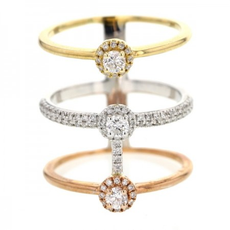 Bague diamants triple anneaux solitaires diamants accompagnés en or rose - Manhattan