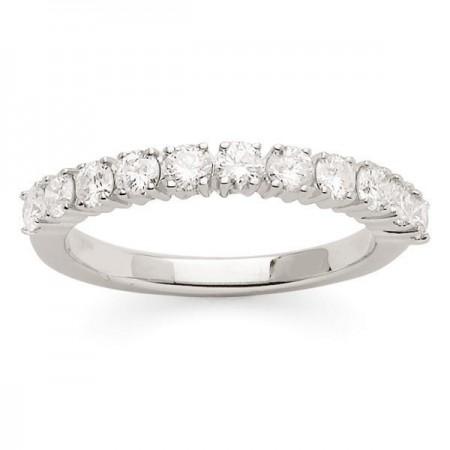 Demi-alliance diamants sertis quatre griffes  en or blanc 18 carats - Aura