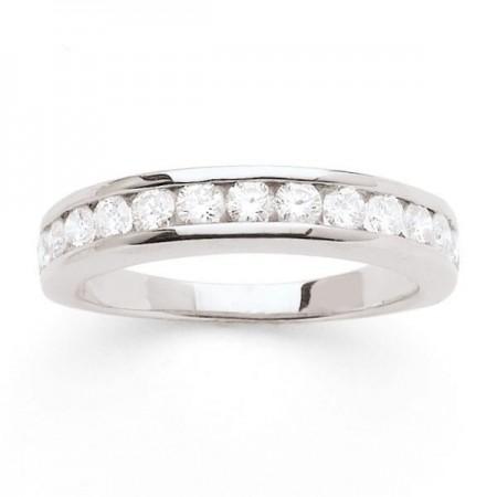 Alliance semi-empierrée diamants sertis entre deux rails en or blanc 18 carats - Ederra