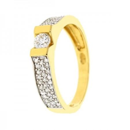 Bague solitaire diamant côtés pavés en or jaune 18 carats - Flavia